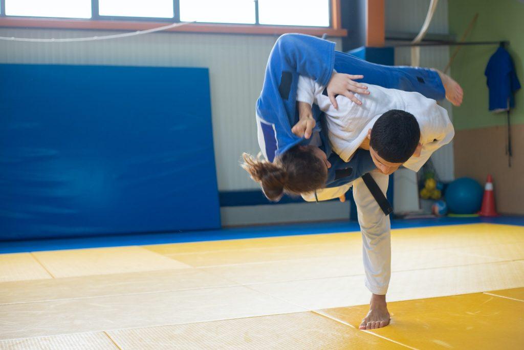 karate grappling, judo grappling