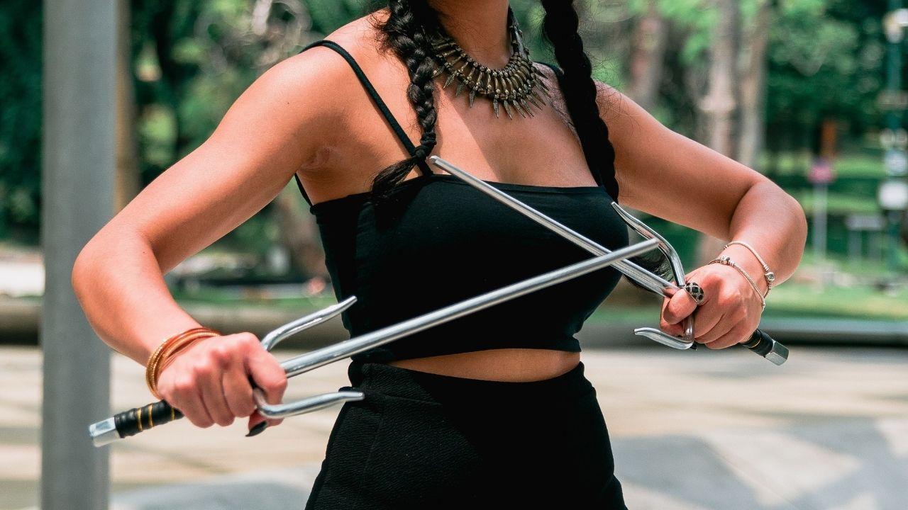 what is a sai | karate weapon | sai